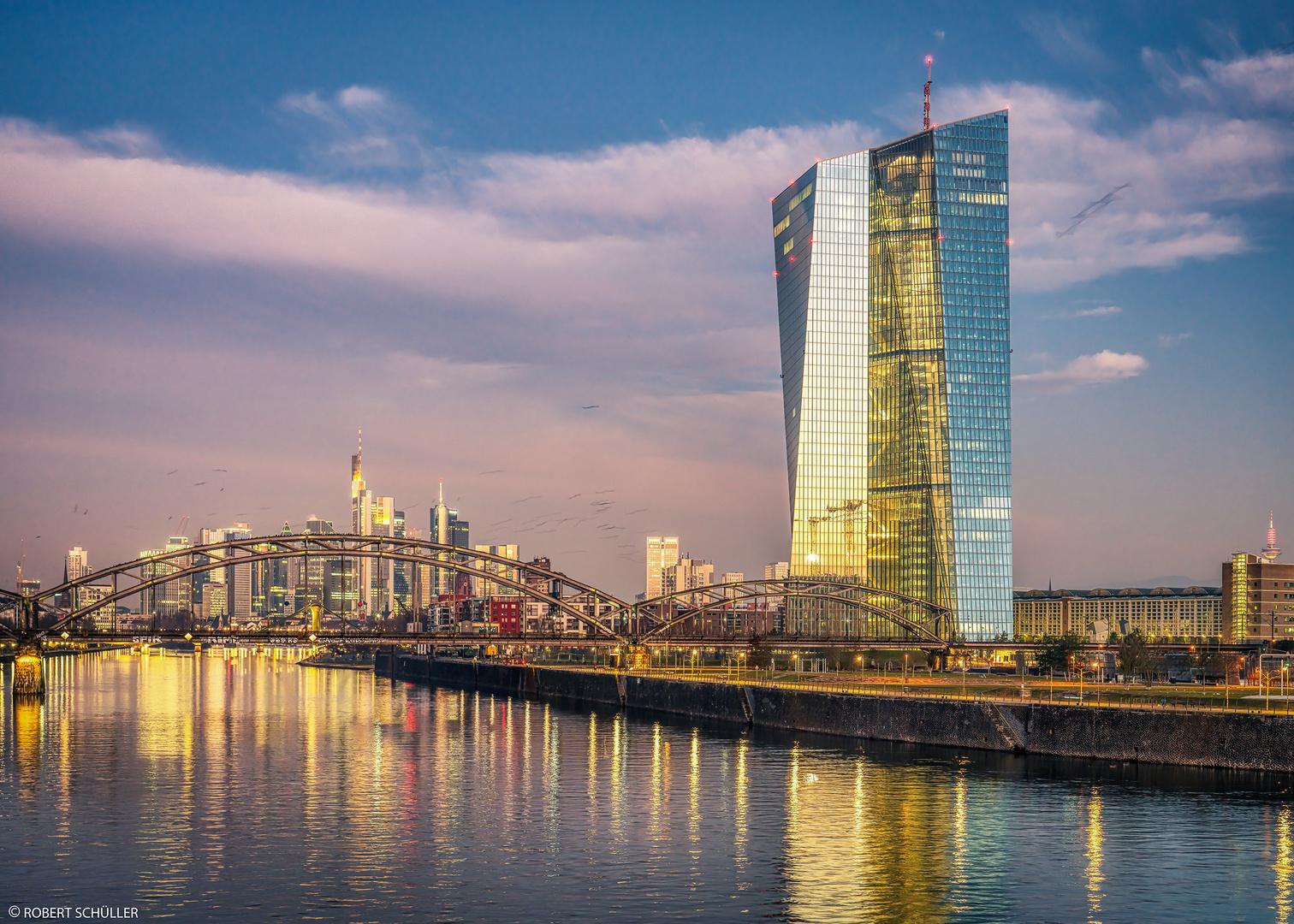 Frankfurt: Es ist nicht alles Gold was glänzt