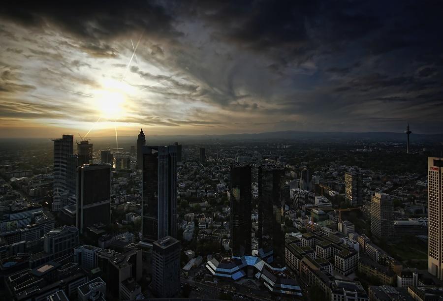 Frankfurt - HDR + TM