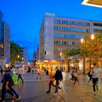 """Frankfurt, in der """"Zeil"""" (en la calle """"Zeil"""")"""