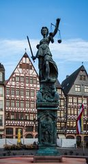Frankfurt - Römer - Gerechtigkeitsbrunnen