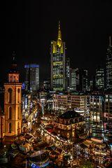 "Frankfurt Skyline - hochkant - ""In the Christmas spirit"""