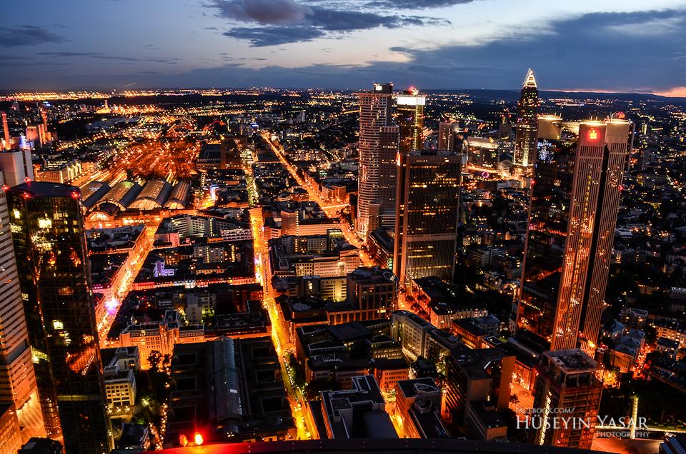 Frankfurt street lights