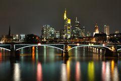 Frankfurter Nachtskyline 1