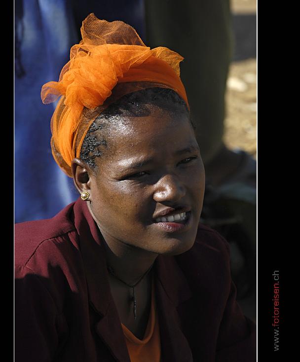 Frau am Markt in Dorze II