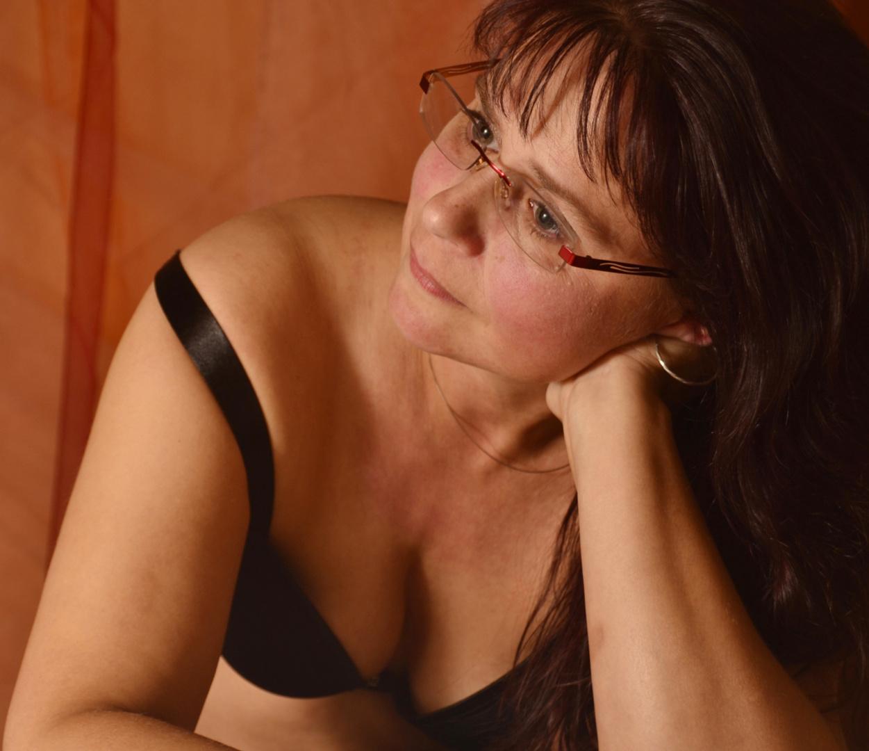 Frau Grundig im Studio