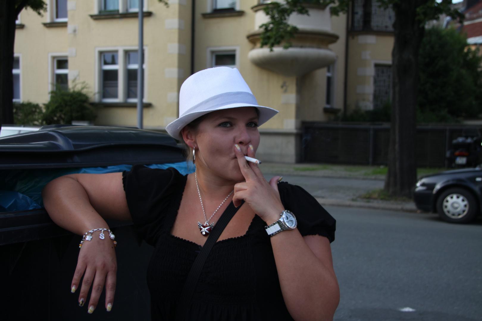 Frau mit Hut - Variation