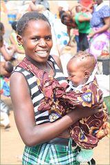 Frau mit Kind Markt ... Sambia
