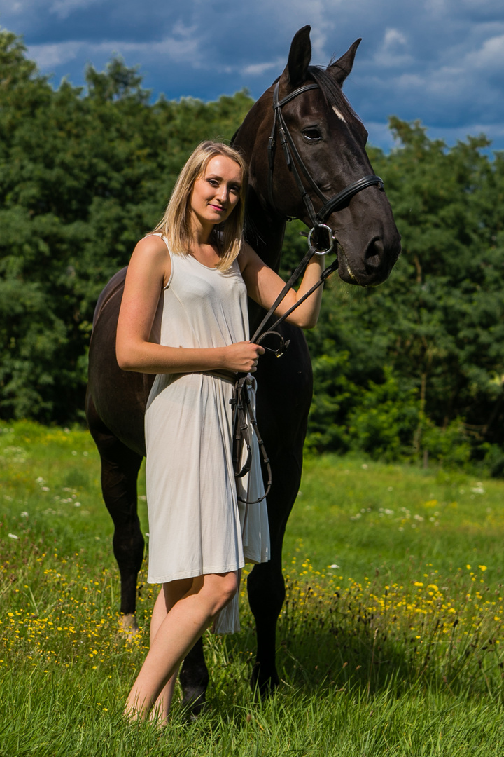 Frau mit Pferd Foto & Bild | portrait, portrait frauen