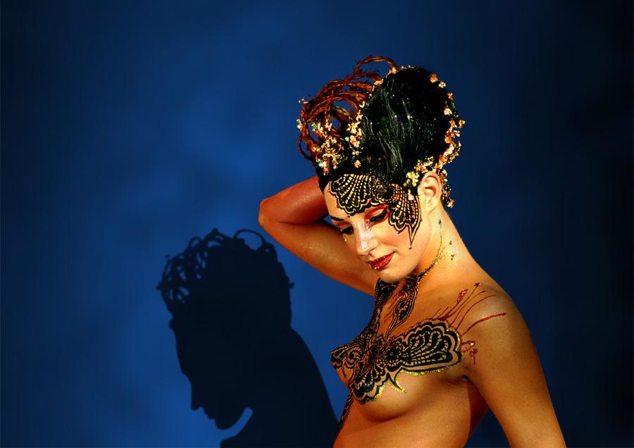 Frau mit Schatten