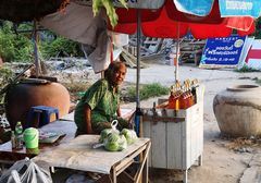 Frau Schnaps? street ThaiP20-20-colw Frage +7Fotos