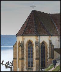 Frau und Kirche