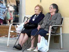 Frauen an der Piazza in Dicomano