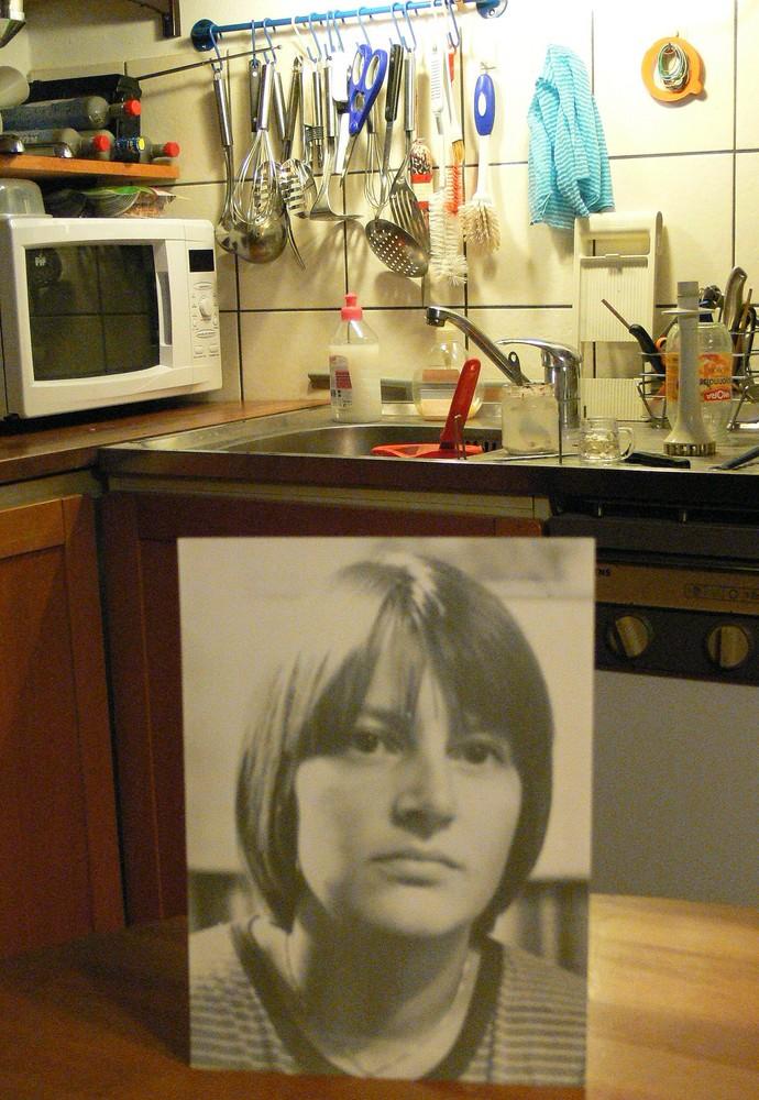 Frauen gehören in die Küche... Foto & Bild | redensarten in ...