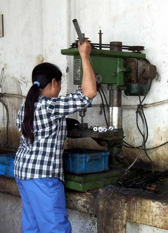Frauenarbeit in einer Fabrik II