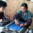 Frauenarbeit in einer Fabrik III