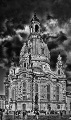 Frauenkirche in Dresden, eine Impression von Licht und Schatten...##2135