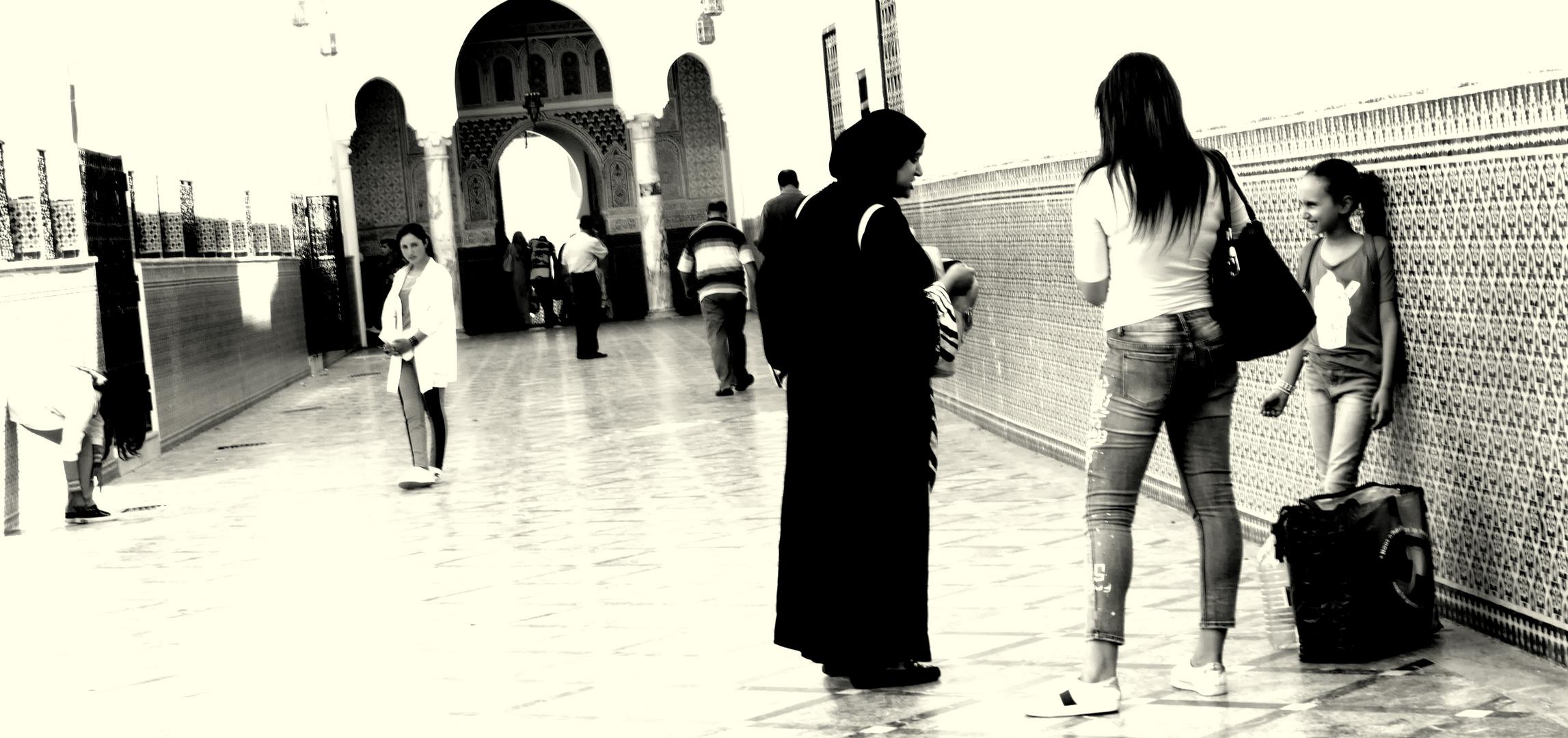 ....frauen...maroccanerinnen...