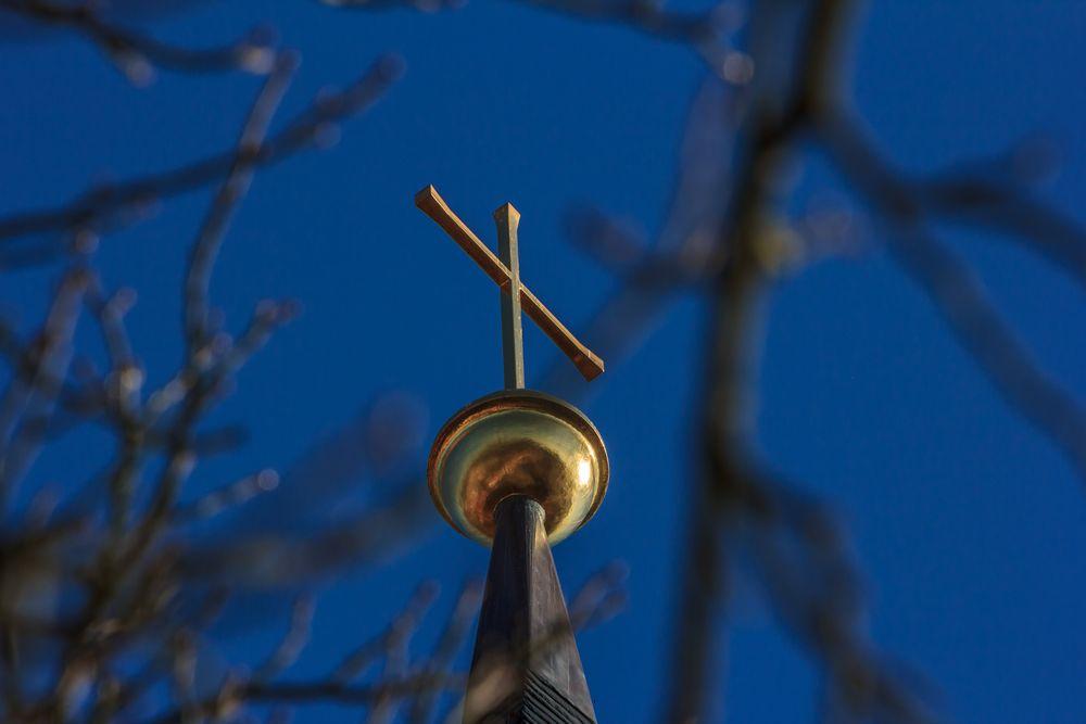 Freier Blick zum Turmkreuz