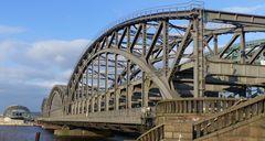 Freihafenbrücke.