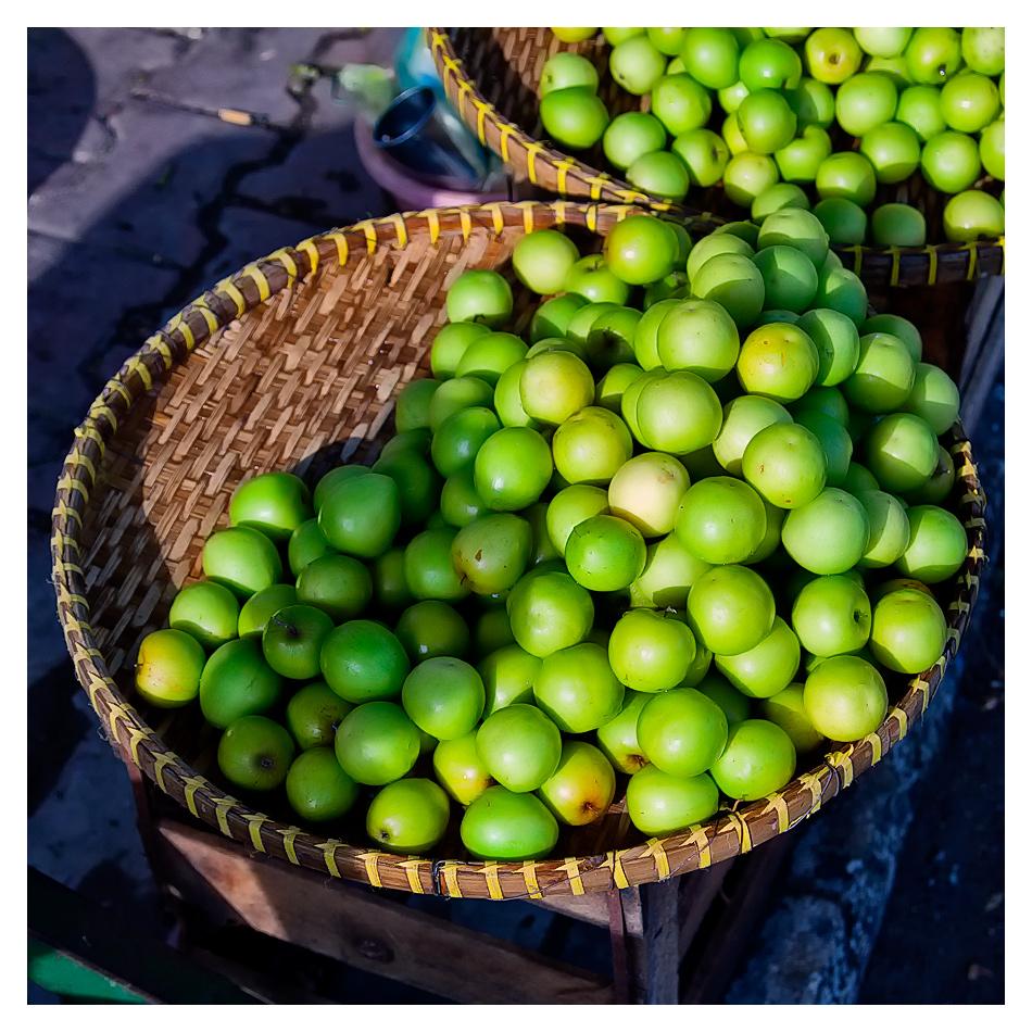 Fresh fruits in Vietnam