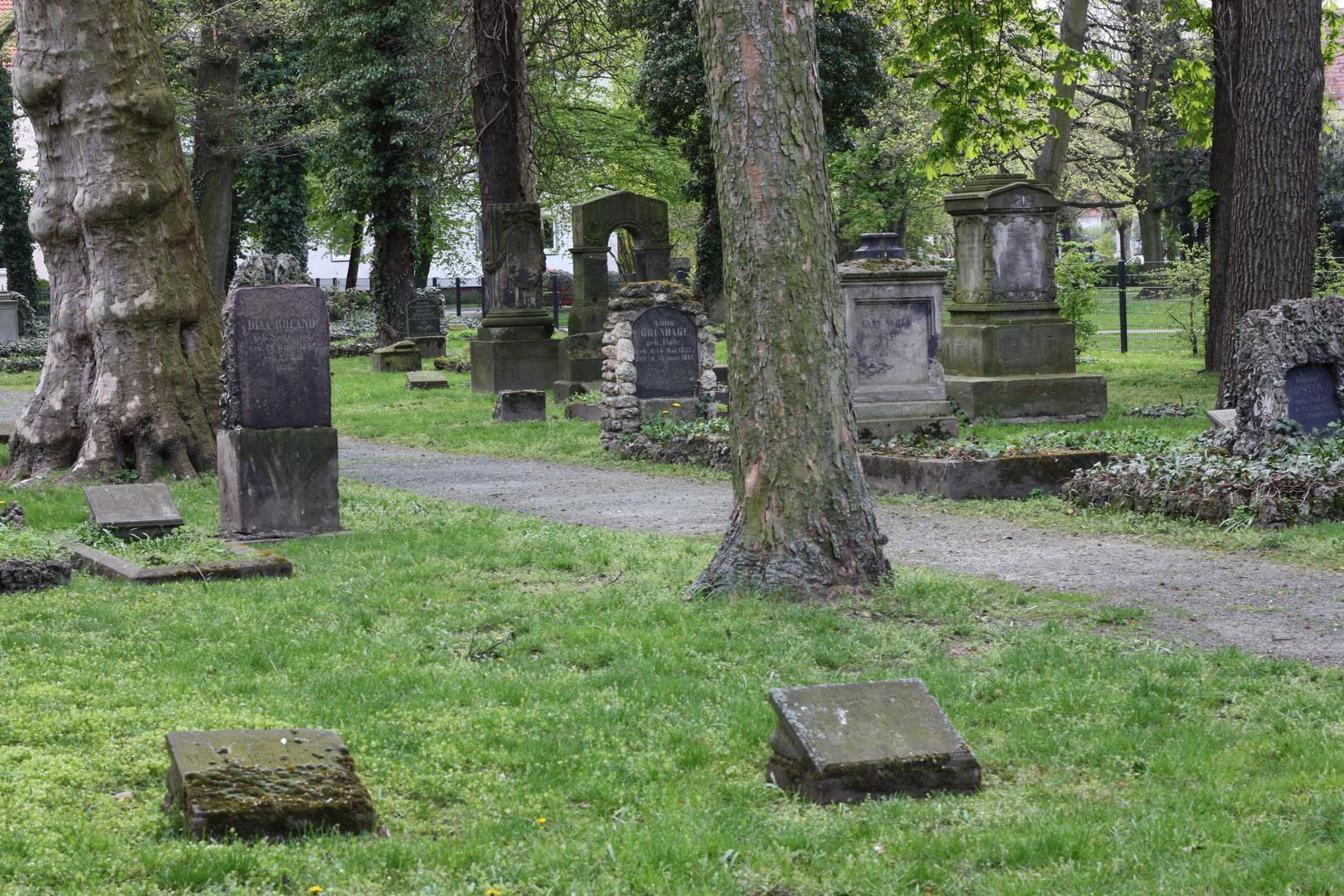 Friedhof Goslarsche Straße Braunschweig IX