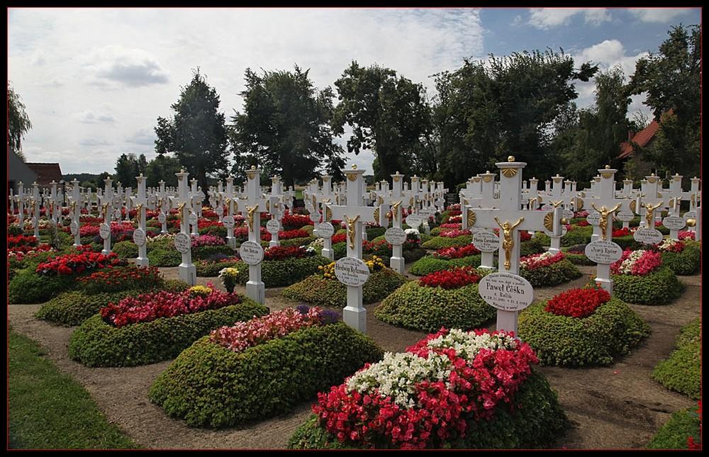 Friedhof in Ralbitz (Ralbicy)