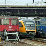 Friedliche Koexistenz auf dem Bahnhof Cottbus: Schweiz, Deutschland, Polen