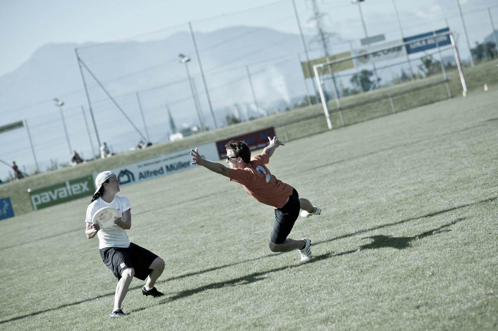 frisbee - fever