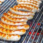 Frische Bratwurst vom Grill