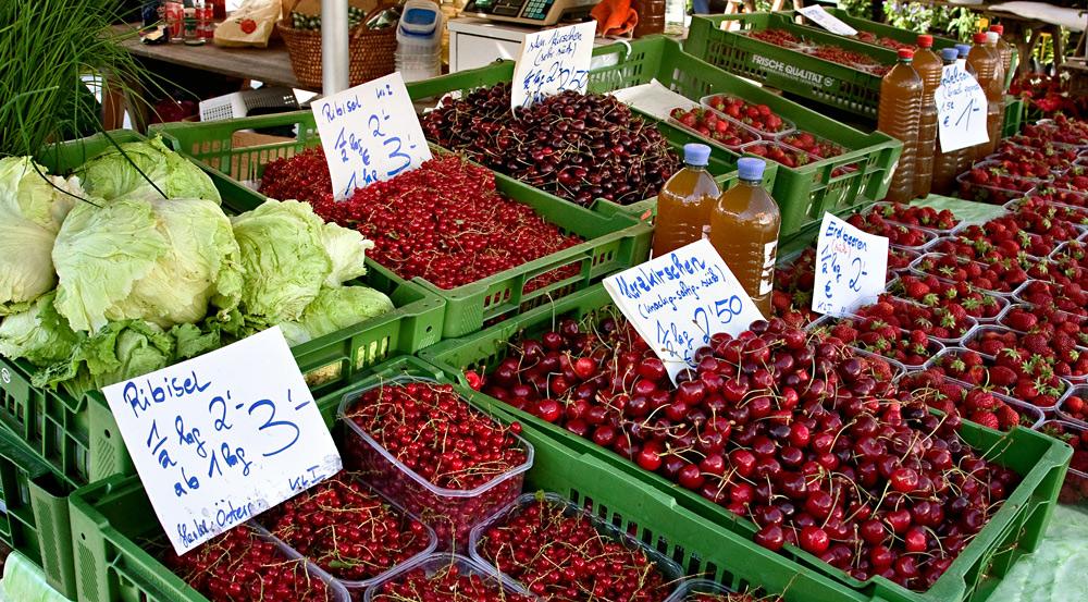 Frisches Obst und Salat aus der Steiermark ...