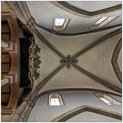 """Fritzlarer Dom St. Peter """" Blick zur Orgel. aus meiner Sicht..."""""""