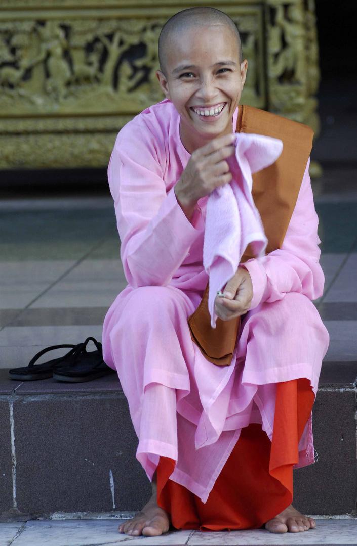 Fröhliche Nonne