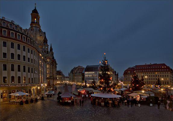 Weihnachtsmarkt In Dresden.Weihnachtsmarkt Dresden Fotos Bilder Auf Fotocommunity