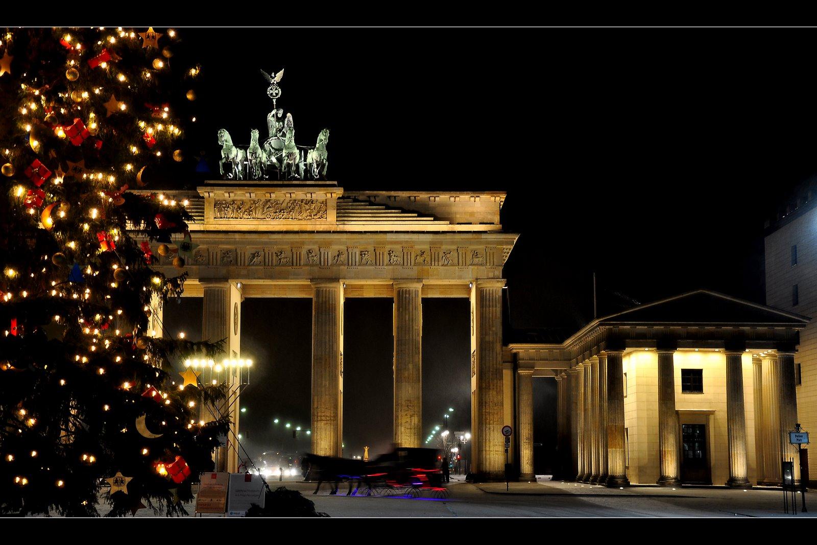 Frohe Weihnachten Berlin.Frohe Weihnachten Berlin Foto Bild Architektur Architektur