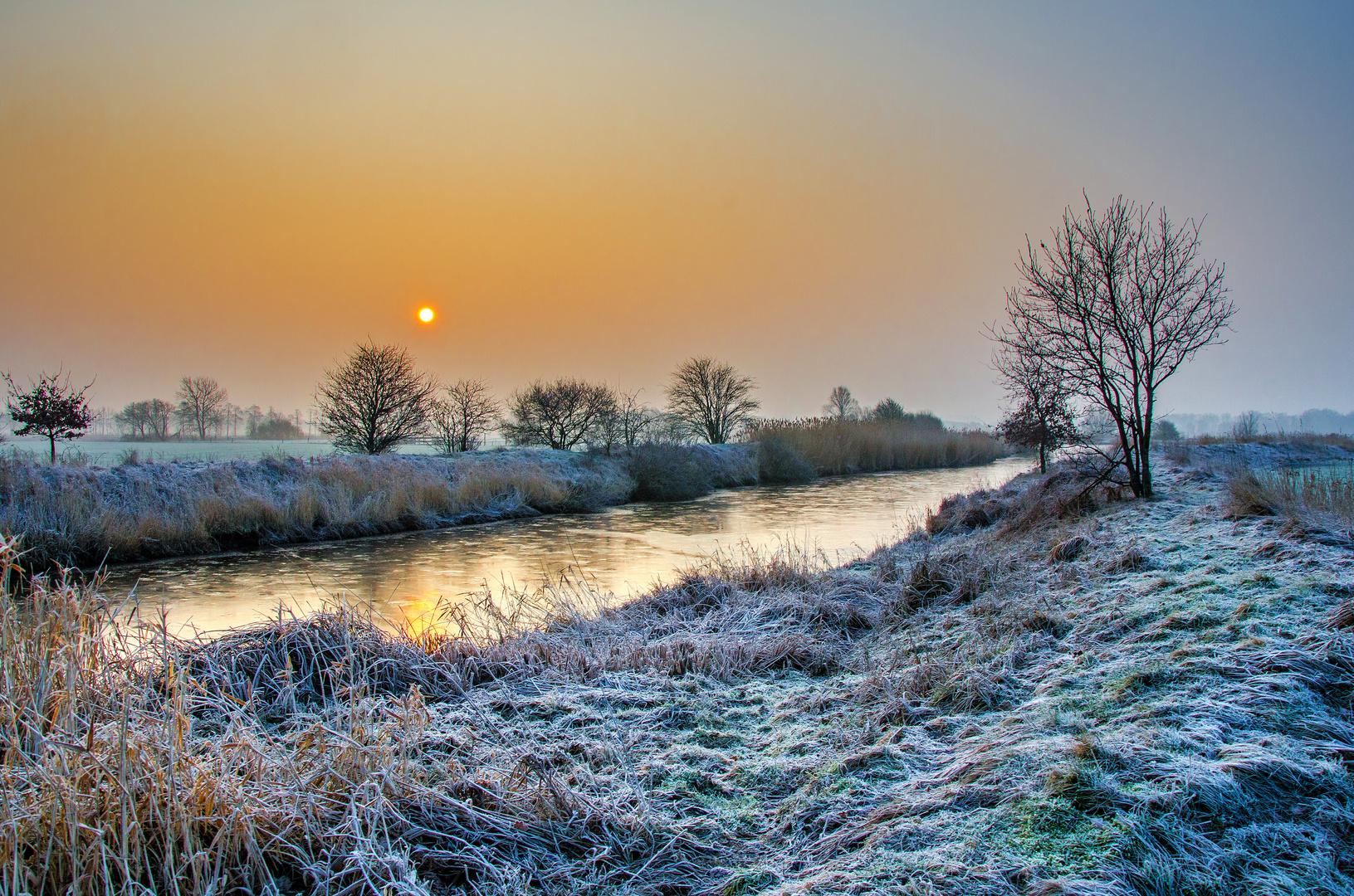 Frohe Weihnachten und einen guten Rutsch Foto & Bild   landschaft ...