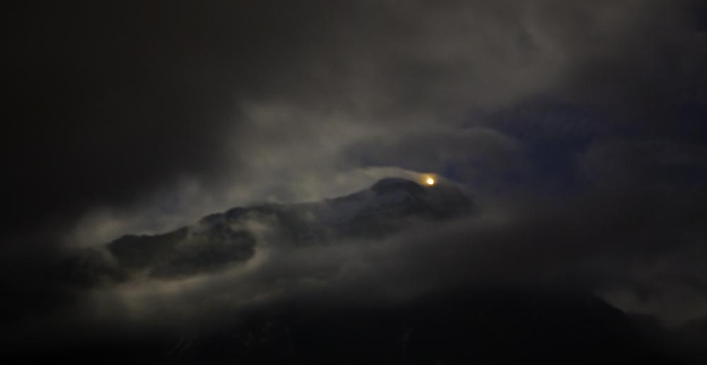 Fronalpstock im Mondschein