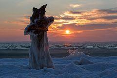 Frostiger Morgen am Ostseestrand