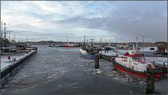 frozen harbour |16:9 |