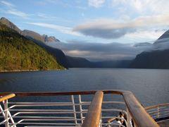 Früh morgens im Fjord