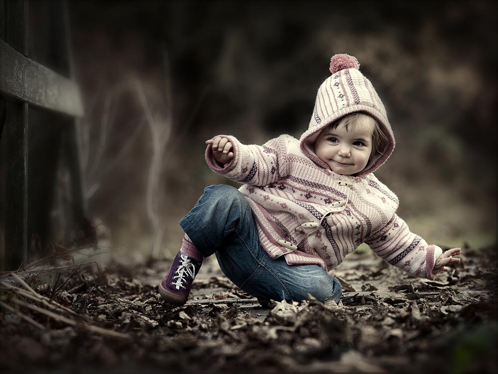 Früh übt die junge Tänzerin den Spagat
