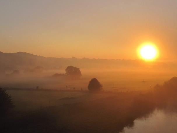 Früher Morgen an der Ruhr