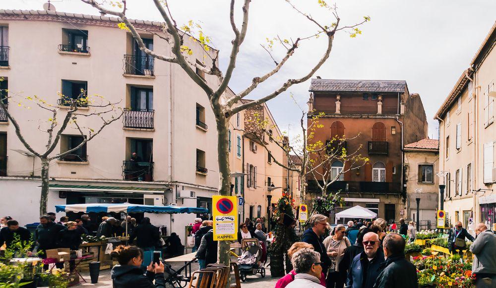 Frühjahrsmarkt in Coursan