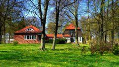 Frühling am Gerhart Hauptmannhaus in Kloster