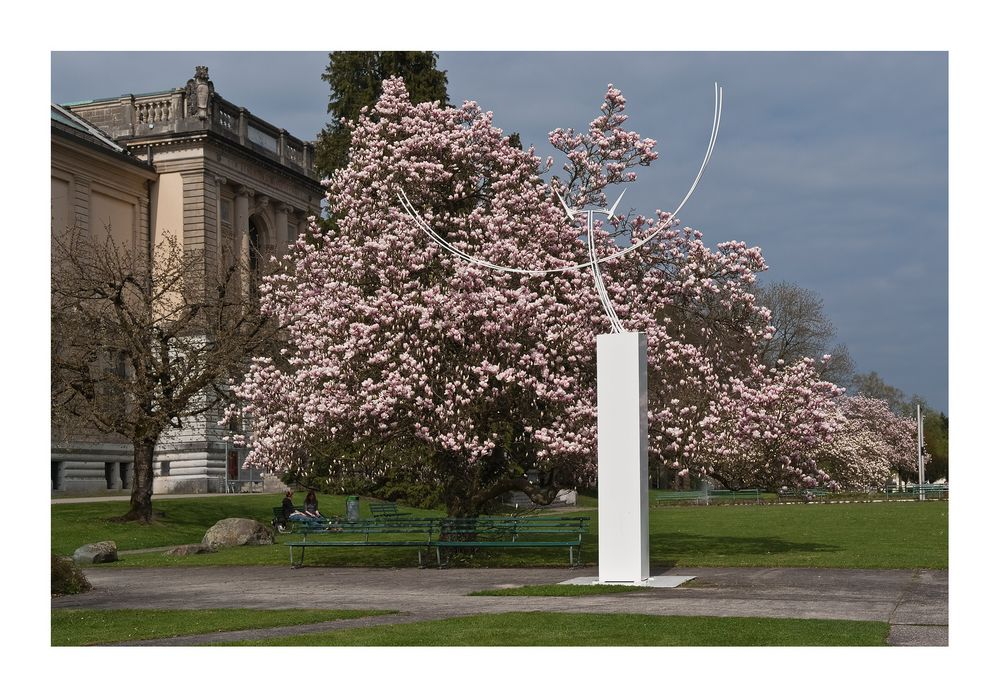 Frühling beim Museum