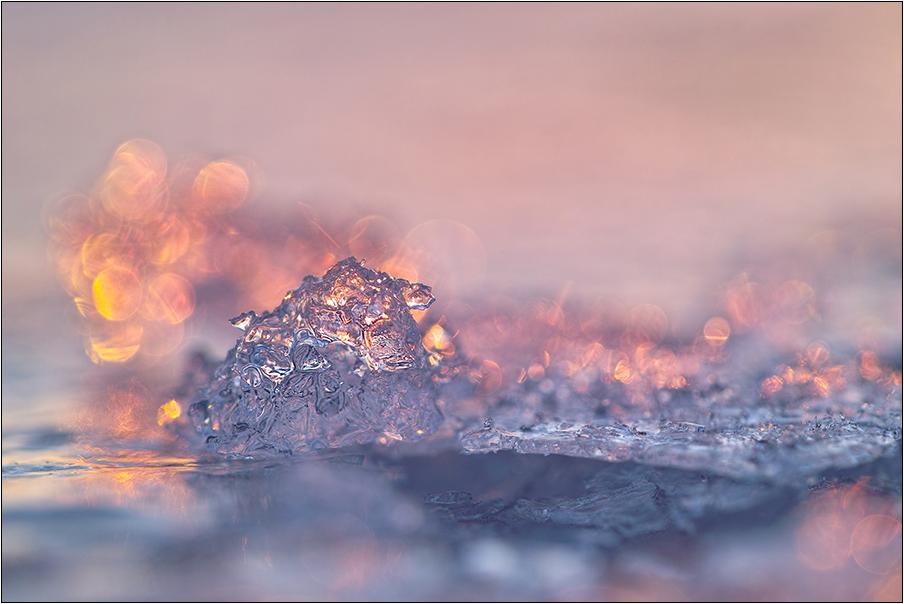 Frühlingslichter im Eis