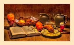 Frühstück mit Lektüre