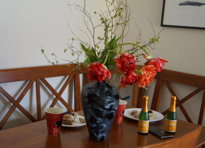 Frühstück mit Muse und Blumen und und und