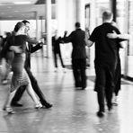 Führen und Folgen beim Tanzen...