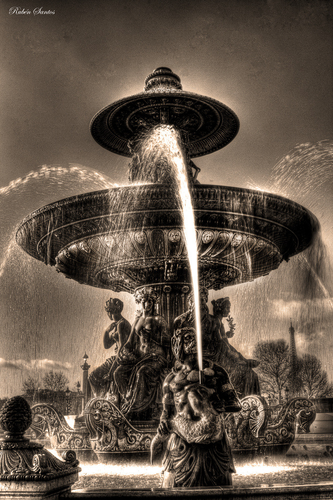 Fuente de la plaza de la Concordia (París)