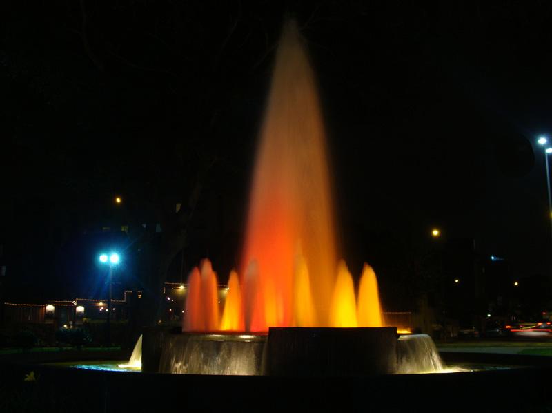 Fuente en el Parque Francisco Bolognesi en Miraflores